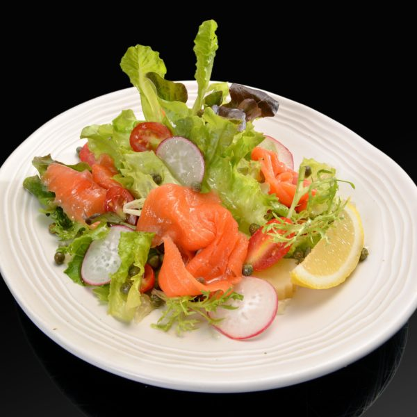 smoked-salmon-salad